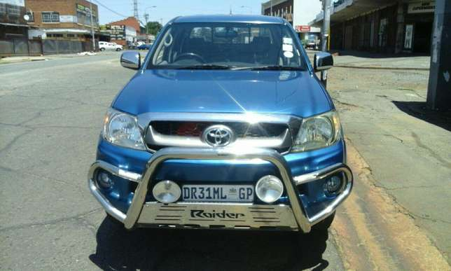 Toyato hilux for sale Jeppestown - image 6
