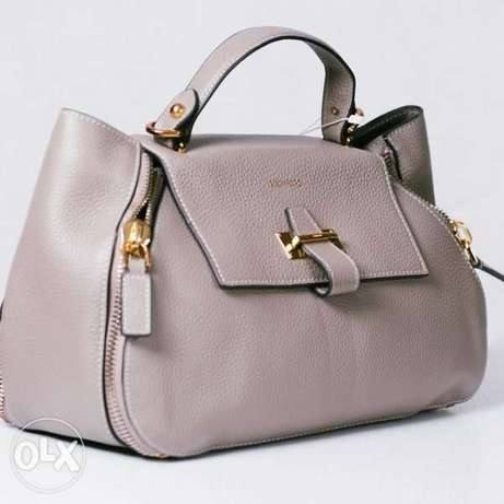 Exquisite Tomford Bags Abuja - image 1