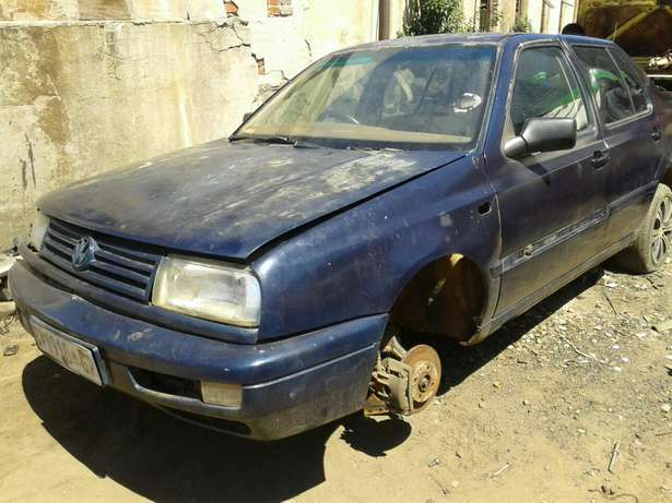 Jetta 3 CLX 1,8 Stripping For Spares and Body Accessories Germiston - image 3
