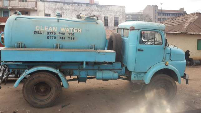 Lorry. Mercedes 911, water bowser Mjini - image 1