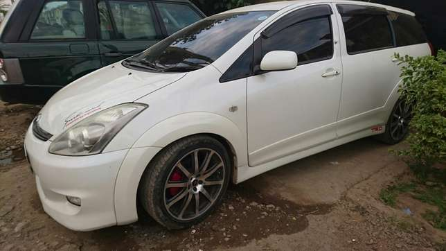 Amazing Toyota wish TRD milited edition for sale Upper Parklands - image 4