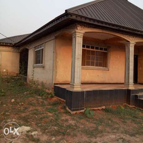 A 5bedroom bungalow,with pop on a 50ft by 100ft for sale Moudi - image 3