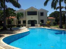 Fully furnished 4 bed maisonette Nyali links road