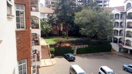 3bedroom apartment to Let in upper hill