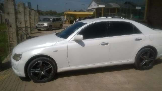 Mark X for Sale. Very Clean Car Imara Daima - image 2