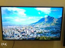 "Samsung 40"" Smart hub 2015 4K UHD LED TV"
