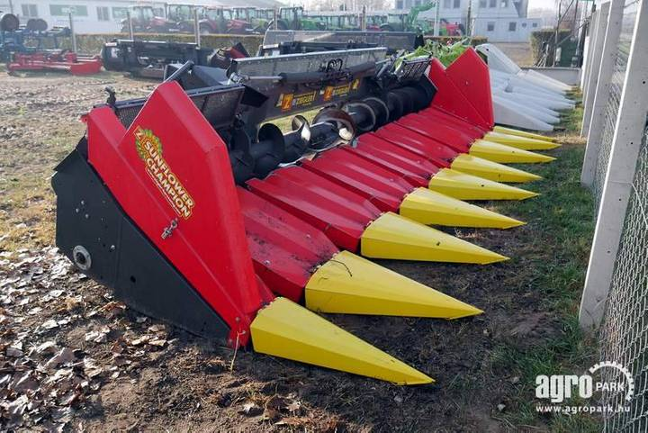 Ziegler 8 Row Foldable Sunflower Header With 75 Cm Row Dis - 2016