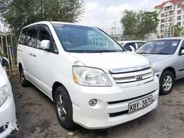 Toyota Noah, very clean. Buy and drive