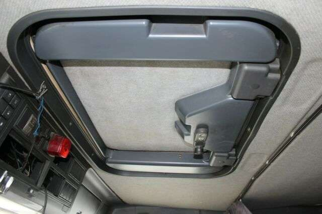 Iveco MP 380 E 44 EUROTRAKKER 6x4 - 2003 - image 13