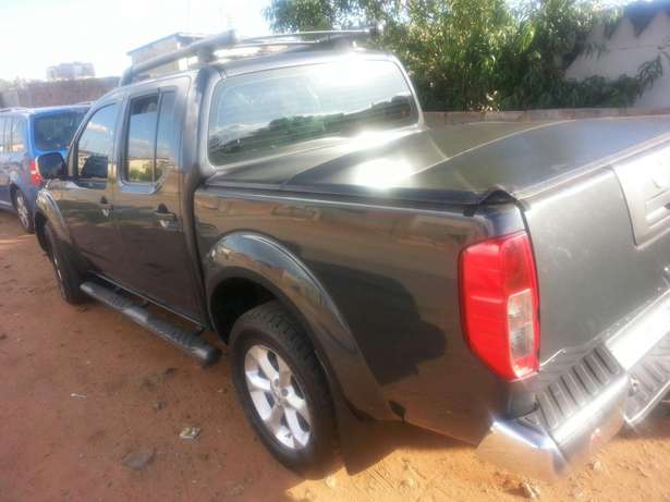 Nissan Navara Chicken Farm - image 1