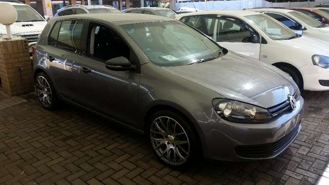 VW Golf VI 1.6 Trend Vereeniging - image 1