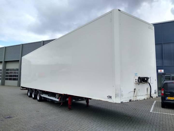 Van Eck Air Freight / 3-AXLE / NL / TUV-APK - 2010