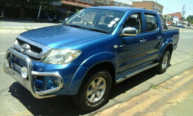 Toyato hilux for sale Jeppestown - image 3