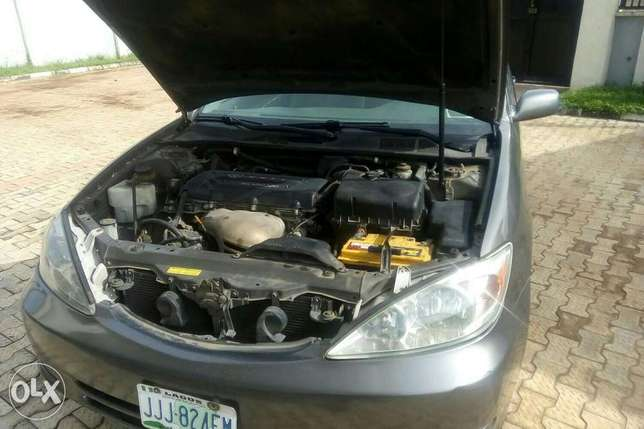 Very clean Toyota Camry, less than 6months used Sagamu - image 5