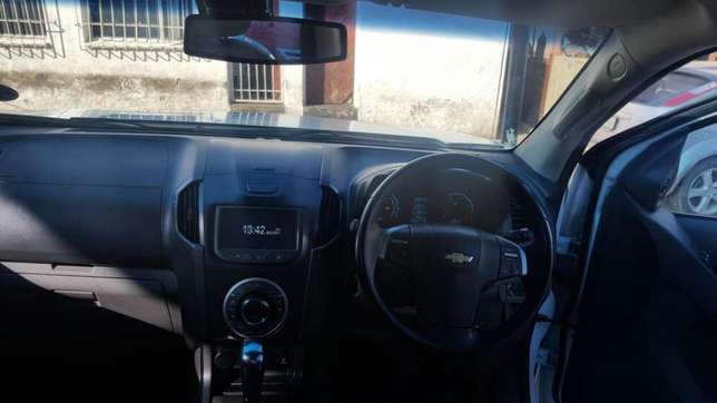 Chevrolet Trailblazer 2015 2.8LTZ Automatic very clean low millage Jeppestown - image 8