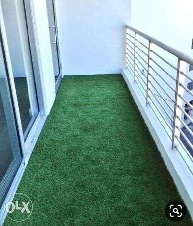 Artificial grass carpet for balcony