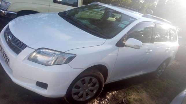 Toy Fielder 2008 model 1500cc KCB registration Nairobi CBD - image 3