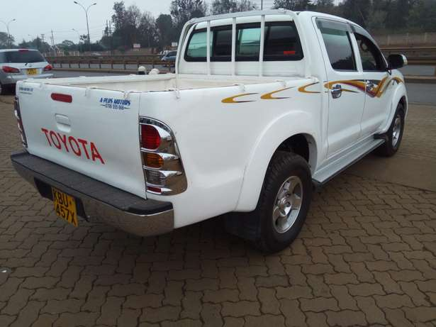 Toyota hilux Muthaiga - image 5