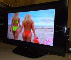 "LG 32"" Cinema SMART LED FULL Hghi-Definition Tv"