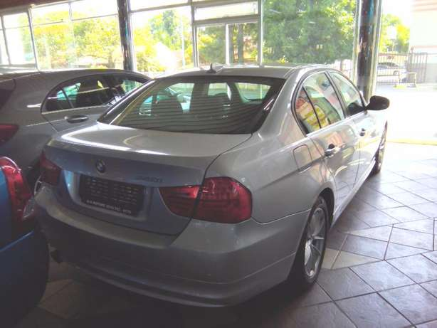 2011 BMW 3 Series 320i Start (e90) Rustenburg - image 8