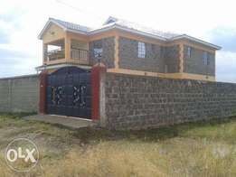SUPERB 4 BEDROOM HOUSE in Kimbo suitable 4 a family