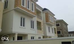 2 Units of 5 Bedrooms Detached Duplex for Sale