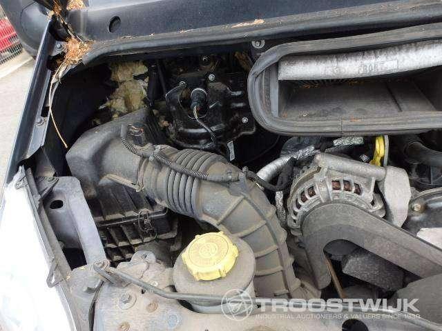 Ford Transit 125 - image 9