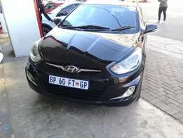 Hyundai accent 1.6 model 2011