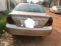 Neatly used Toyota Camry 2004