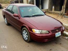A super clean 2000 Toyota Camry pencil for sales
