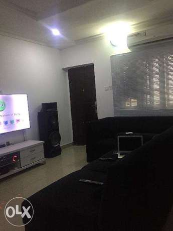2bedroom Jakande off osapa,no agency and no agreement feeto be paid Lekki - image 2