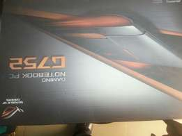 In carton new condition Asus G752