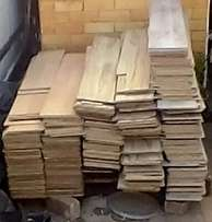 Laminated wood flooring