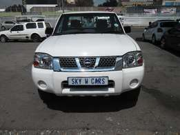 Nissan Hardbody NP3000 2.0 2013 model 63000km white in color R159000