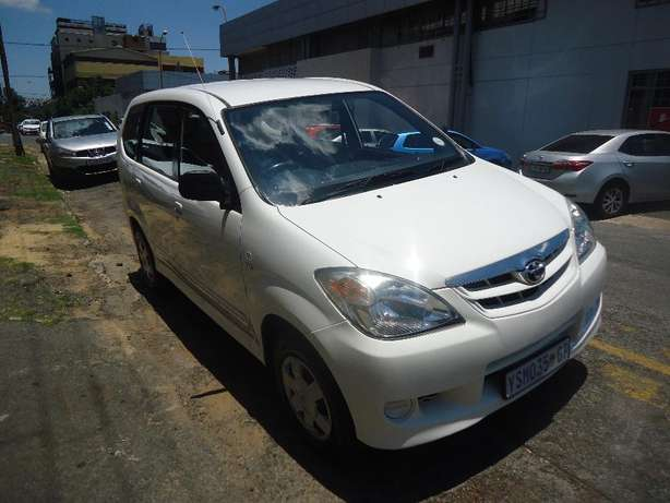 2009 Toyota Avanza 1.3 Available for Sale Johannesburg - image 3