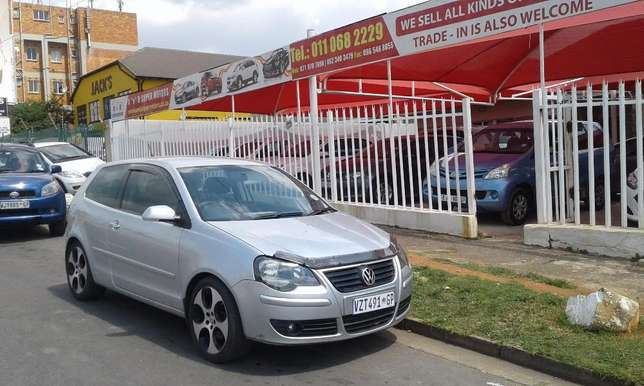 1.9TDi Polo Hatchback Still In Very Good Condition For Sale Johannesburg - image 3