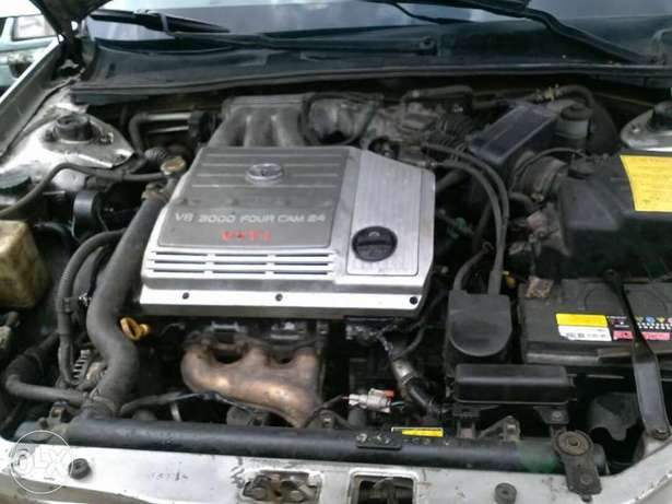 ADORABLE MOTORS: A clean first body, well used 03 Toyota Avalon Lagos Mainland - image 7