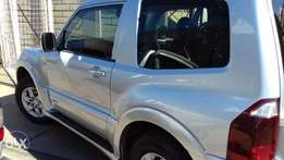 Lady owned pajero Did.32