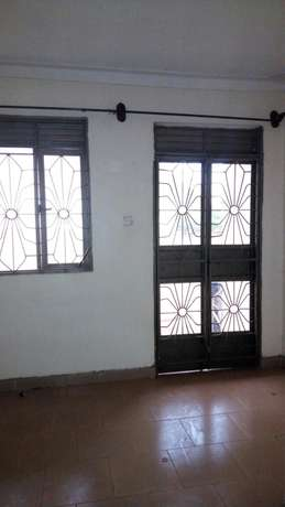 2 bedroom house behind coca cola at 350k Kampala - image 5
