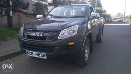 Well maintained Isuzu dmax new model kcb