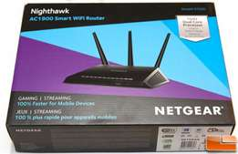 AC1900 Nighthawk Smart WiFi Router