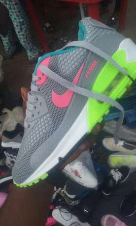 Nike Air Max Trainers Lagos Mainland - image 6