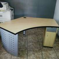 C shape Office Table