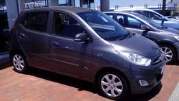 2015 Hyundai i10 Motion. 8 to choose from!