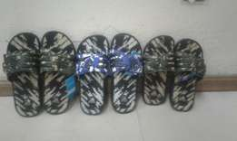 The 3 Stripped slippers