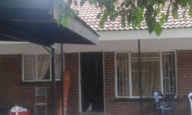Excellent Investment opportunity. 3bedroom townhouse with carport Rustenburg - image 1