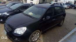 buy sound kia carens 2010 at a give awa price