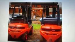 LINDE H25 - 2,5 Ton DIESEL Forklifts FOR SALE!!