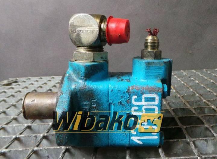 Vickers V101S4S11C20 (390099-3)