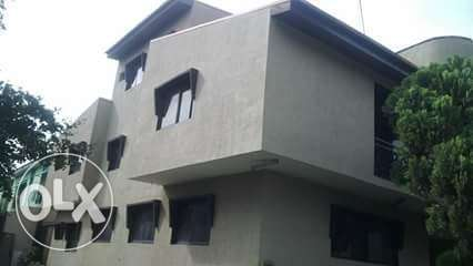 Distress sale 5 bedroom Duplex Lagos Mainland - image 1